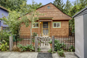 Welcome to one of Ballard's best kept live large in a small space secret.