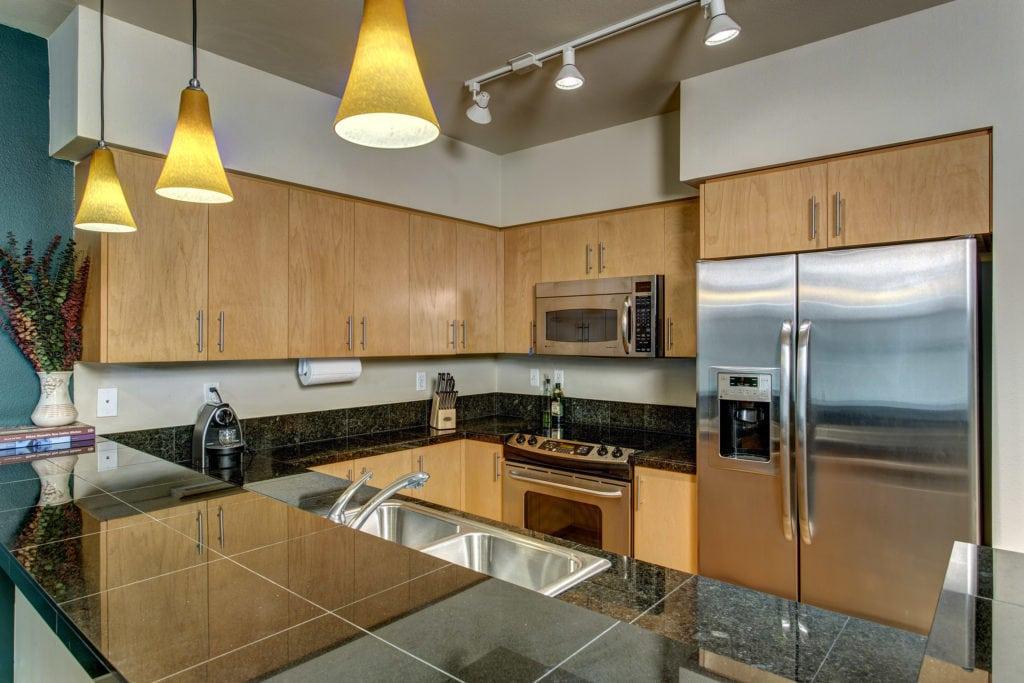 10 - Kitchen01