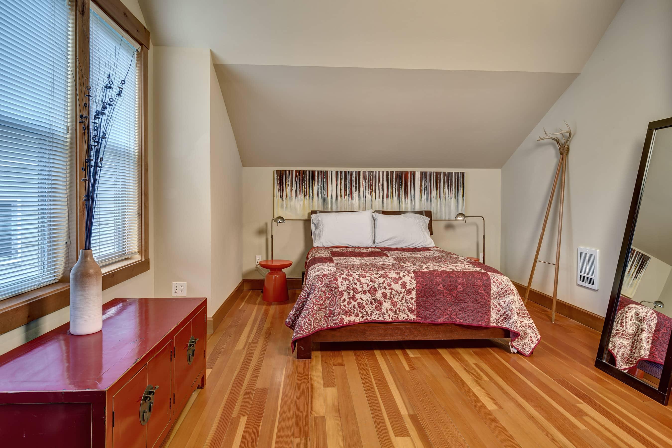 19- Bedroom02