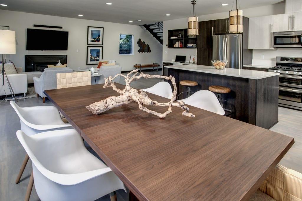 Modern Maple Leaf Luxury Home Dining room
