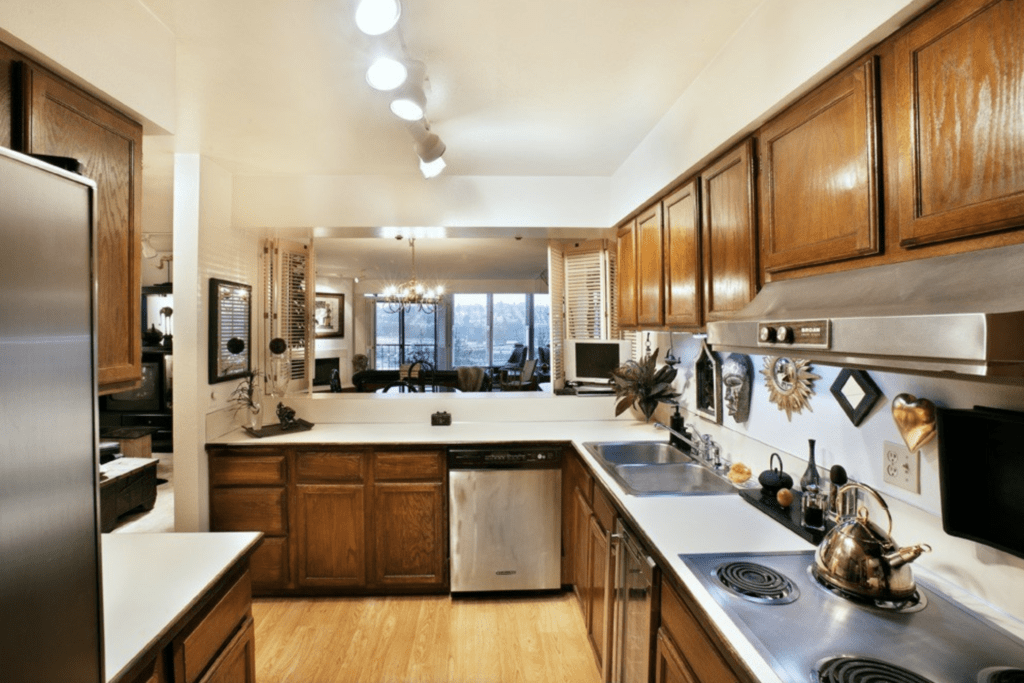Luxury Queen Anne Condo: Diva Kim\'s Five Fave Features