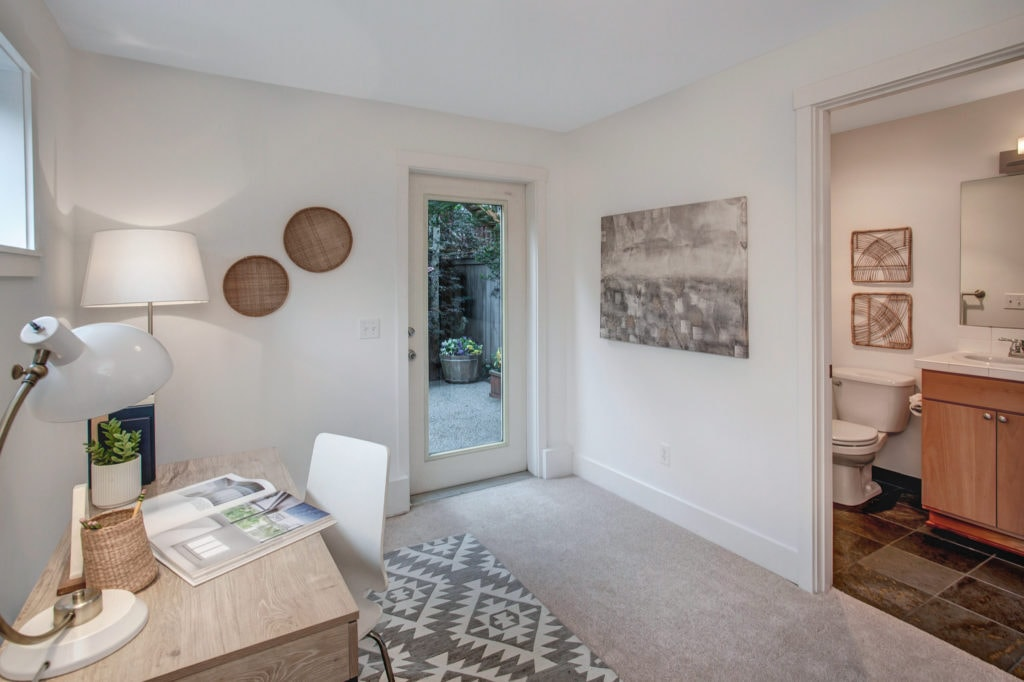 Capitol Hill Townhome Home Office