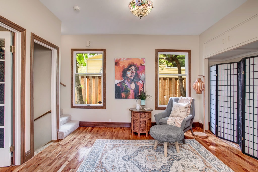 Madison Valley Home Flexible Space Antechamber