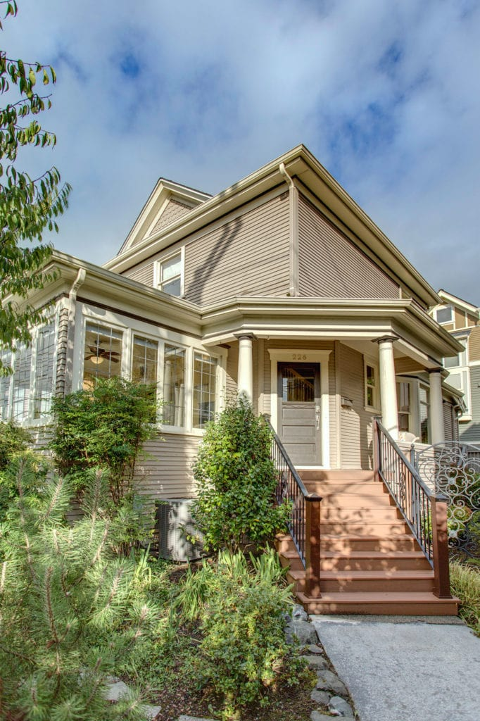 capitol Hill AirBnB on 12th Avenue
