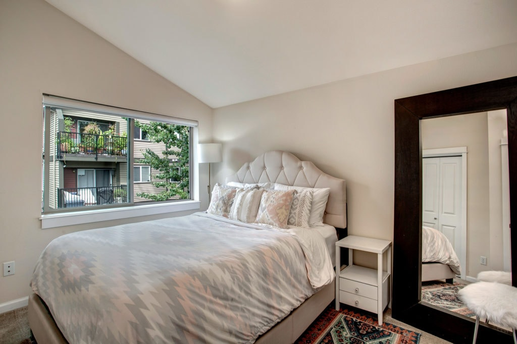 Green Lake Townhome Bedroom Flex Space