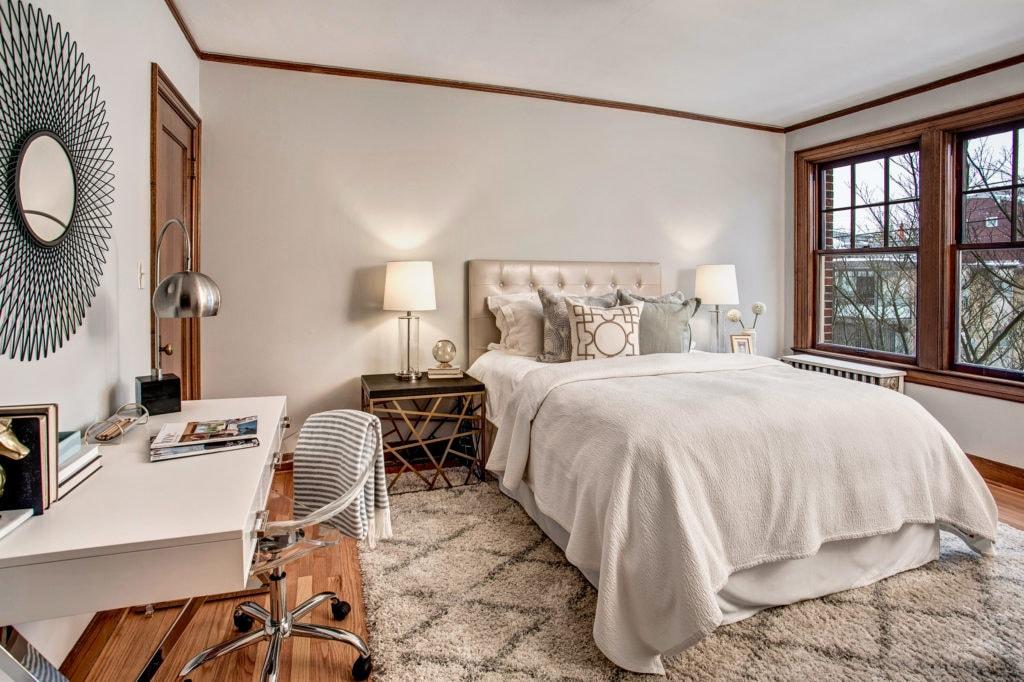Bering Vintage Capitol Hill Condo Bedroom
