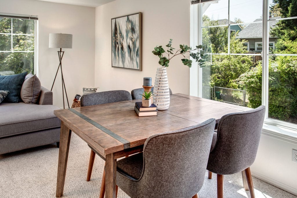 Maple Leaf Townhome Dining Area