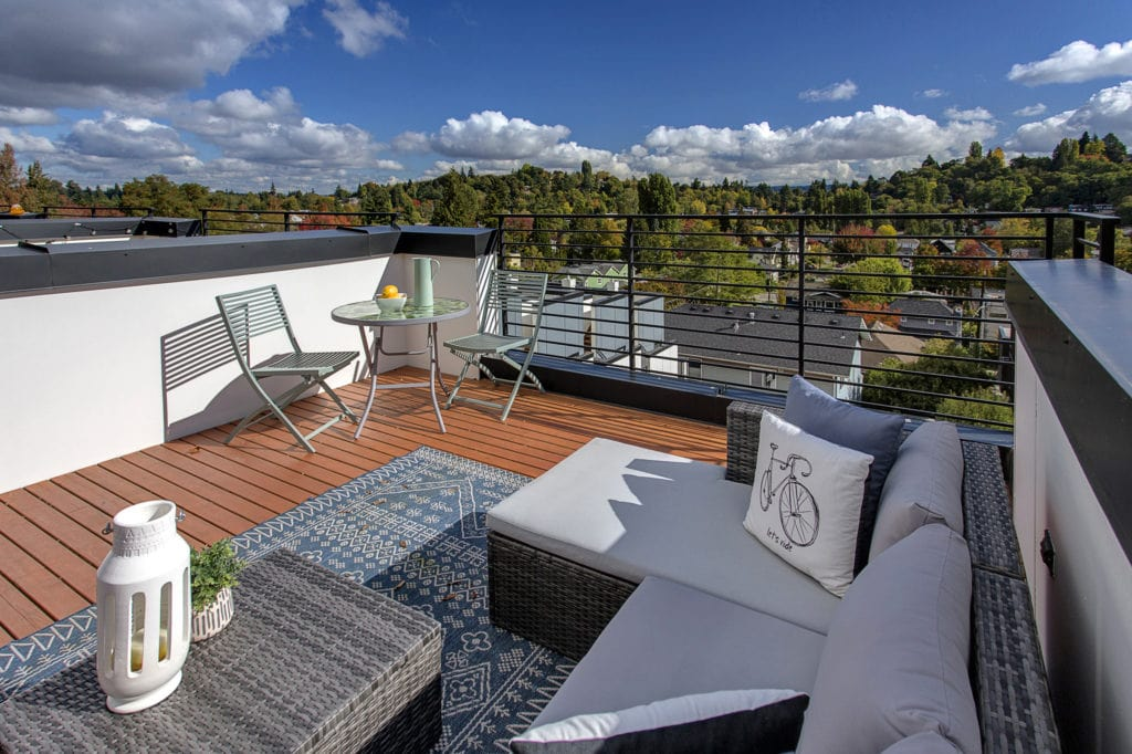 Madison Valley Townhouse Rooftop Deck and Views