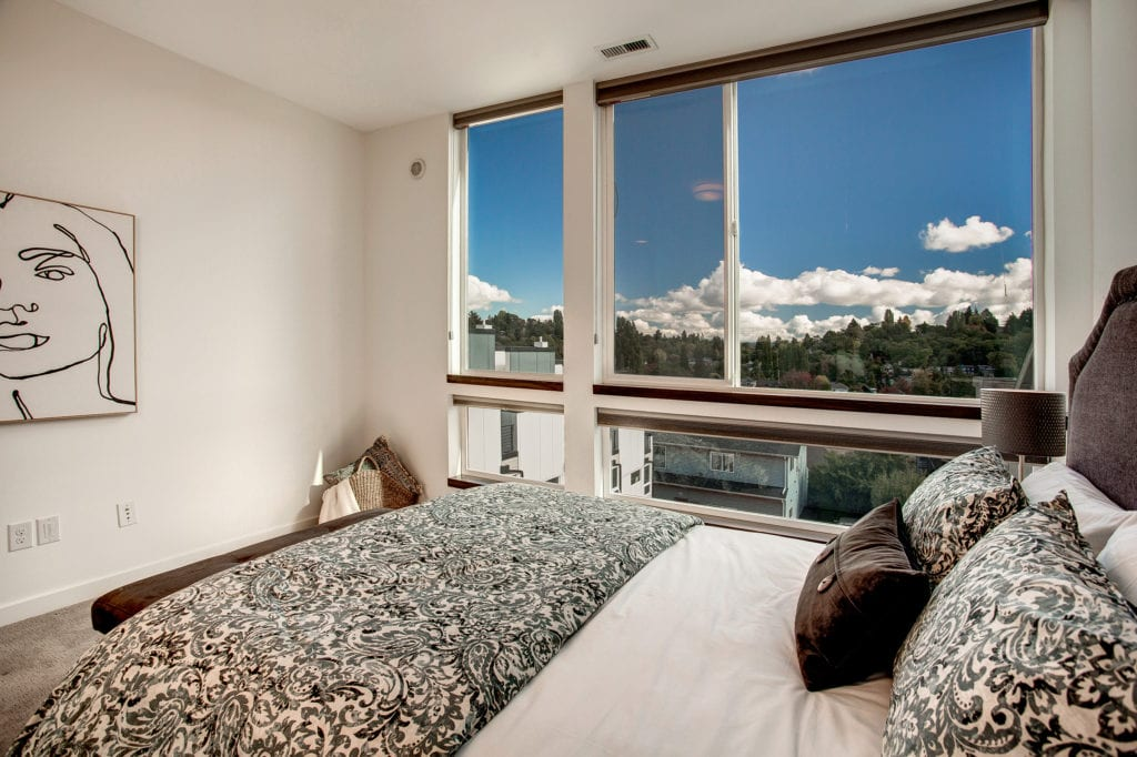 Madison Valley Townhouse Owners Suite